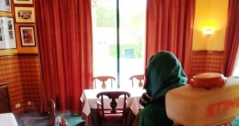 Trabajos de desinfección ambiental en el Real Club de Golf de La Coruña